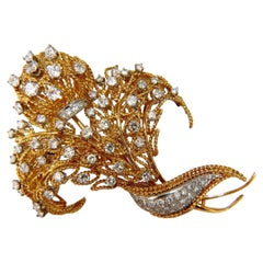10.00 Carat Diamonds Raised Rope Twist 3D Deco Bundle Form Pin Brooch 18 Karat
