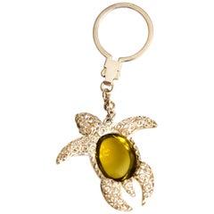 Keychain Sea Turtle Lemon Quarz Cabochon 58.20 Carat in Silver 925