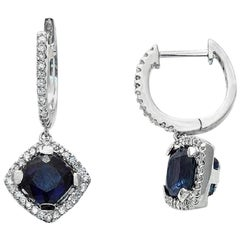 1.90 Carat Natural Blue Sapphire 0.50 Carat Diamonds 18 Karat Gold Earrings