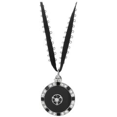 18ct White Gold Art Deco 2.00ct Diamond and Onyx Pendant with 18ct Chain