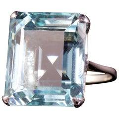 Large Aquamarine Ring 18 Carat White Gold