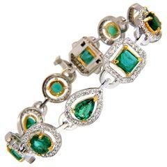10.62 Carat Natural Emeralds Diamond Halo Bracelet 14 Karat
