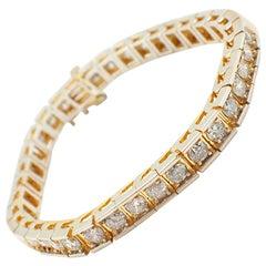 14 Karat Yellow Gold and 7.70 Carat Diamond Tennis Bracelet
