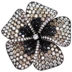 18k white gold flower Diamond Brooch