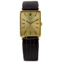 Vintage Ladies Rolex Wristwatch in 18 Karat Yellow Gold, 1960s