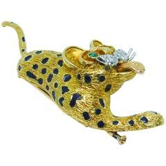 Kutchinsky 18 Karat Yellow Gold, White Diamond, Green Emerald Leopard Brooch