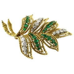 Van Cleef & Arpels 18 Karat Yellow Gold Diamond Emerald Leaf Brooch Pin