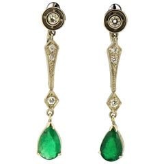 Art Deco 18 Karat Gold Ladies Clip-On Earrings with Emeralds and Diamonds, 1920s