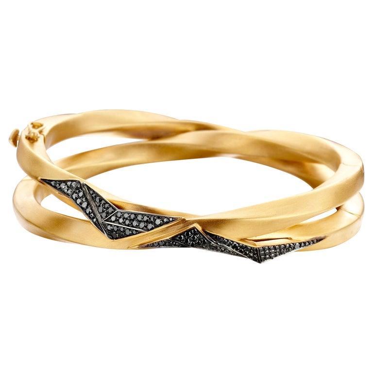 18 Karat Yellow Gold, Black and White Diamond Carioca Bracelet