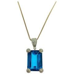 18 Karat Rose Gold 50 Carat Blue Topaz with Diamonds Pendant Necklace