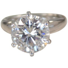 5.2 Carat Round Diamond Ring Set in Platinum, K Color, VS2 Clarity GIA