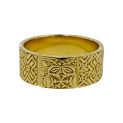 Luca Jouel Unique Decorative Band in 18 Carat Yellow Gold