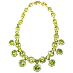 117.19 Carat Oval Peridot and 5.00 Carat Round Brilliant Diamonds Bib Necklace