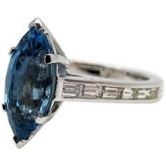 2.68 Carat Aquamarine with 0.74 Carat Diamonds 18 Karat White Gold Ring
