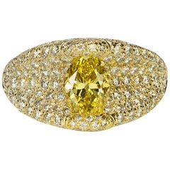Magnificent 18 Karat Henry Dunay Fancy Vivid Yellow Diamond Ring