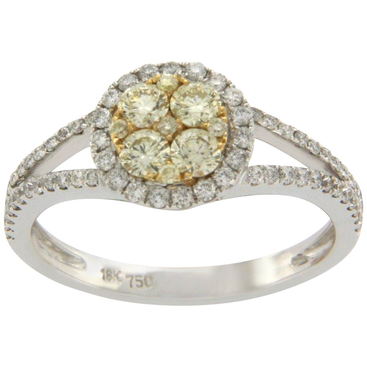 18 Karat White Gold 0.82 Carat Yellow and White Diamonds Engagement Ring