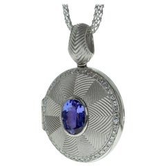 Tanzanite Diamond Classical 18 Karat White Gold Pendant Locket