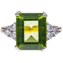 18 Carat Gold 4.03 Carat Peridot and Diamond Cocktail Ring