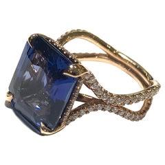 Ceylon Sapphire Ring with Diamonds