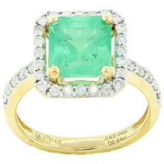 3.04 Carat Emerald Diamond Fashion Ring