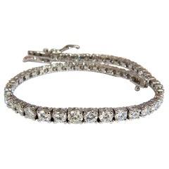 4.26 Carat Natural Diamonds Graduated Tennis Bracelet 18 Karat F/G VS