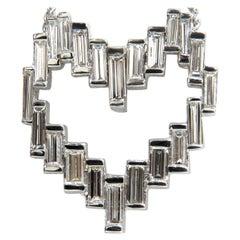 18 Karat 5.74 Carat Rare Architectural Long Baguette Diamond Heart Pendant Chain