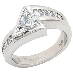 Platinum 1.25 Carat Trillion Cut Diamond Engagement Ring SI1/H