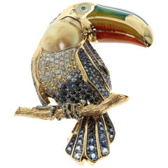 Golden South Sea Pearl Diamonds Enamel 18 Karat Yellow Gold Tucano Brooch