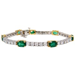 8.52 Carat Natural Emeralds and Diamonds Tennis Bracelet 14 Karat Zambia Greens