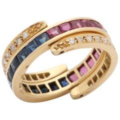 1970s English Buff Cut Rubies, Sapphires and Diamonds Gold Flip Ring