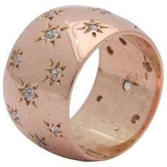1940s Ladies Diamonds Set in Stars Motif Rose Gold Band Ring