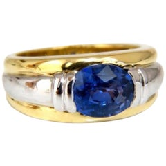 GIA Certified 2.59ct Natural No heat 2.59ct Sapphire Ring 18kt & Platinum
