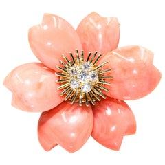 Van Cleef & Arpels Rose De Noel Flower Coral Medium Brooch, Yellow Gold, Diamond