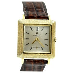 Vintage 14 Karat Yellow Gold Omega Dress Watch Caliber 302