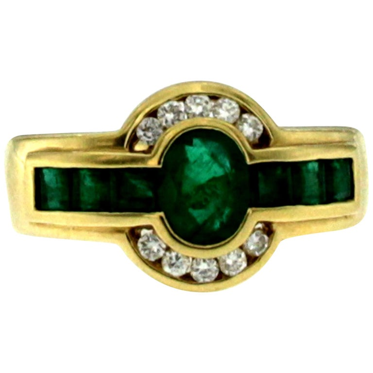 Estate Colombian Emerald Diamond Gold Band Ring