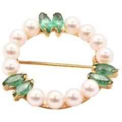 14 Karat Yellow Gold, Pearl and Emerald Circle Brooch 2.70 Grams