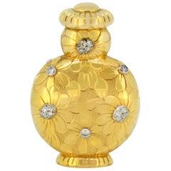 Van Cleef & Arpels, 18 Karat Yellow Gold Perfume Flask with Diamonds, circa 1920