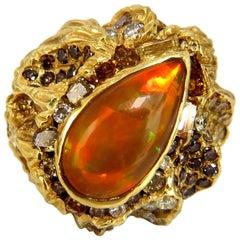 12.25 Carat Natural Opal Diamonds Ring 18 Karat Nugget Deco