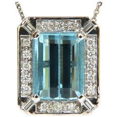 GIA 17.39 Carat Natural Gem Aquamarine Diamond Pendant and Chain 14 Karat