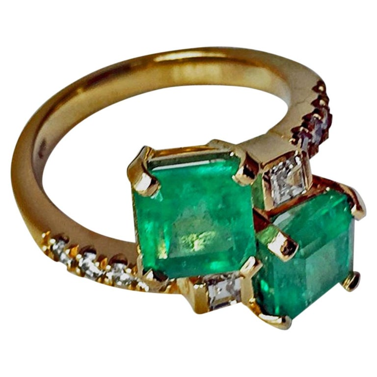 4.10 Carat Bypass Ring with Natural Colombian Emerald & Diamond 18K
