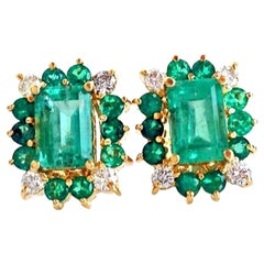4.92 Carat Colombian Emerald Diamond Stud Earrings 100% Natural 18 Karat