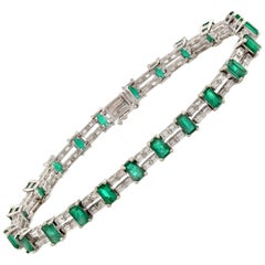 Colombian 7.30 Ct Natural Emerald & 2.02 Ct Diamonds 18k White Gold Bracelet