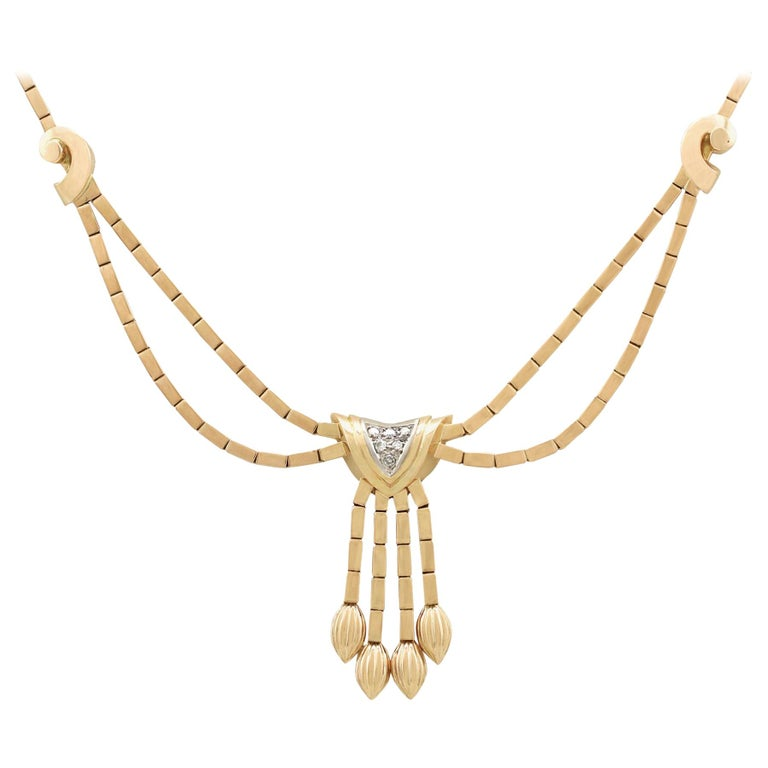 1940s Art Deco Diamond and Yellow Gold Necklace
