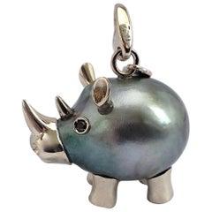 Rhino Diamond 18 Karat Gold Tahiti Pearl Charm and Pendant/Necklace