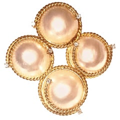 18 Karat Mabe Pearl and Diamonds on Rope Border Convertible Brooch Pendant