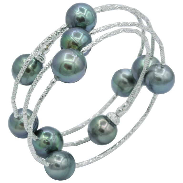 Cultured Tahitian Pearls Wrap Around Flexible Bracelet