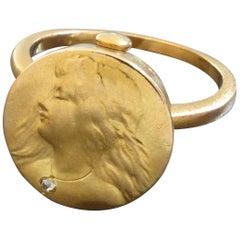 1900s Art Nouveau Woman's Head Diamond Gold Ring