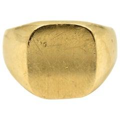 Gents Engravable Signet Ring 14 Karat Yellow Gold