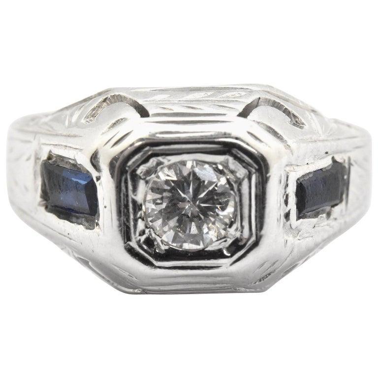Vintage 18 Karat Gold and 0.12 Carat Round Brilliant Diamond and Sapphire Ring