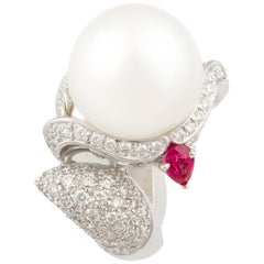 Ella Gafter Zodiac Sagittarius Ring with South Sea Pearl and Diamonds